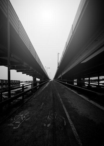 kalasatama helsinki mustavalkoinen black white streetphoto katukuvaus